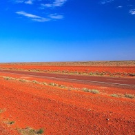 red centre by Murray Foubister via Wikimedia Commons