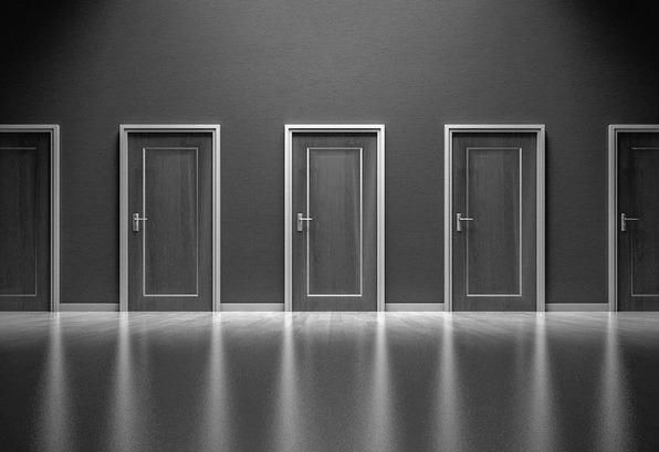doors-1587329_1920-2