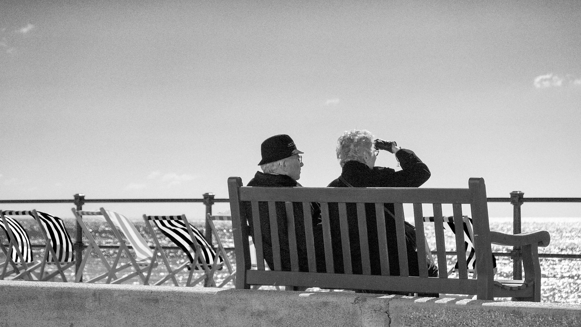 Senior Coast Beach View Bench Sea Couple People